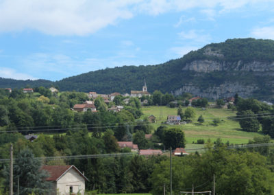 Verel de Montbel, village